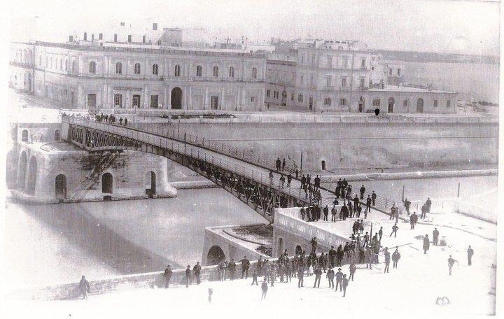 Lucio Schiazza - Storia fotografica di Taranto